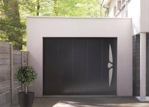 coordonner-exterieurs-porte-entree-garage-portail