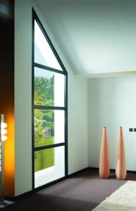 Les fenêtres aluminium Solabaie s'adaptent à votre maison