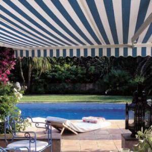 store-exterieur-piscine