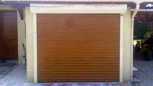 porte-garage-installation-saint-vital-solabaie